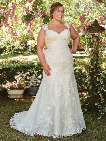 rebecca-ingram-wedding-dress-brenda-7rs303-plus-main